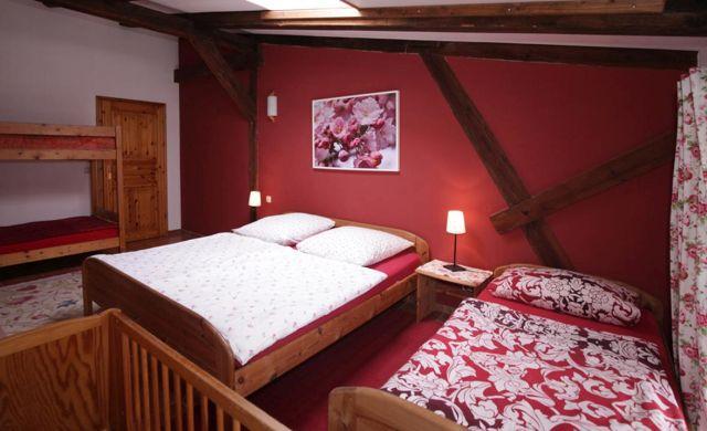 0757-08 Ferien am Schloss FeWo 01 Schlafzimmer