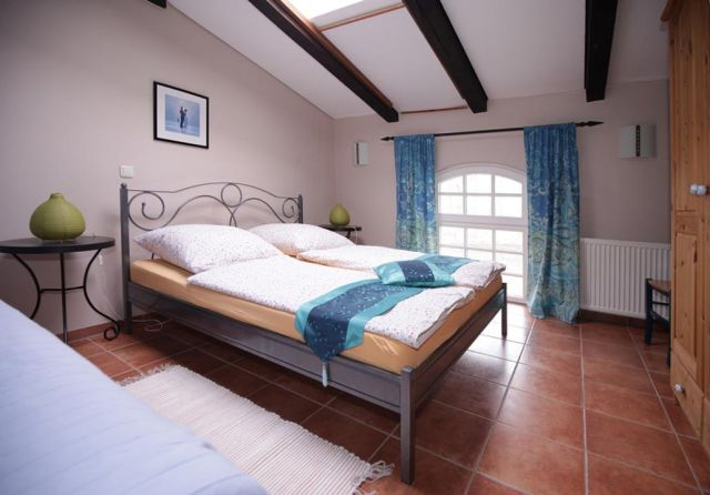 0757-13 Ferien am Schloss FeWo 03 Schlafzimmer