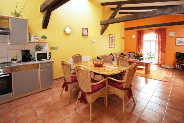 0757-15 Ferien am Schloss FeWo 04 Küche