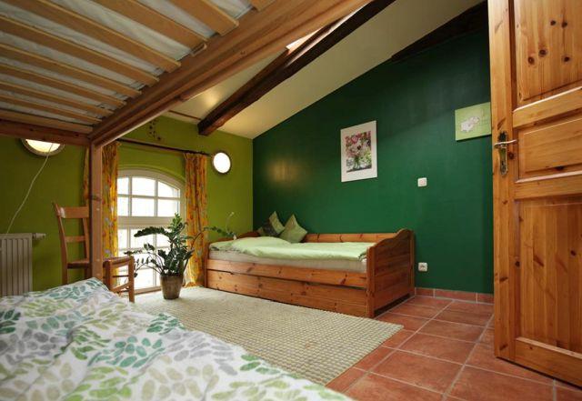 0757-17 Ferien am Schloss FeWo 04 Schlafzimmer 2