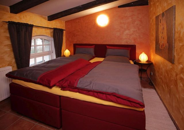 0757-21 Ferien am Schloss FeWo 05 Schlafzimmer 1 – www.rudelurlaub.de