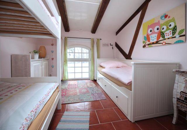 0757-29 Ferien am Schloss FeWo 06 Schlafzimmer 3