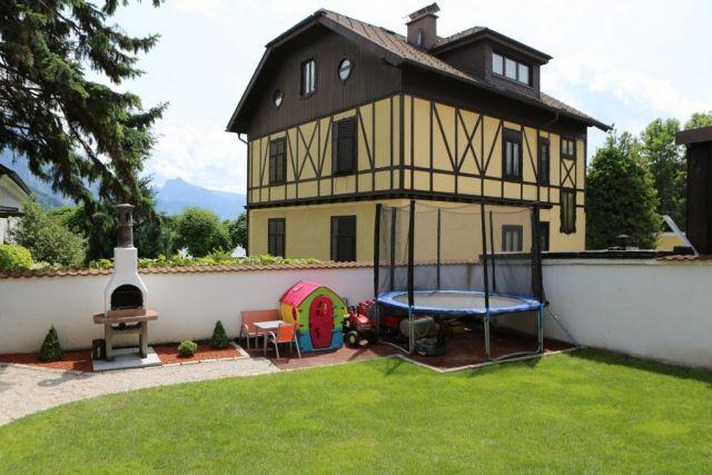 0772-02 Kuferhaus Garten