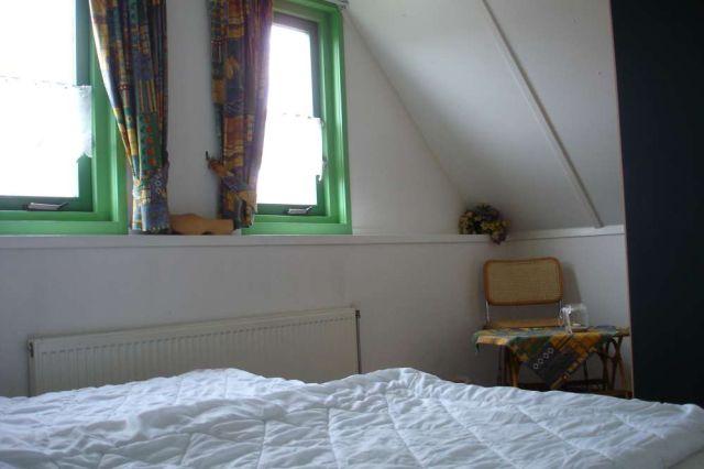 0773-07 Ferienhaus Strandperle Schlafzimmer 2