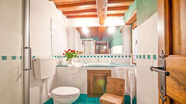 0778-12 Casa Nel Bosco Bad