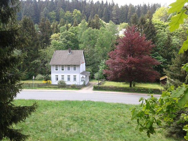 0785-00 Villa Familienglueck Aussen Sommer