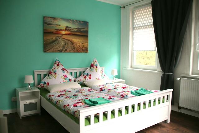 0785-09 Villa Familienglueck Schlafzimmer 1