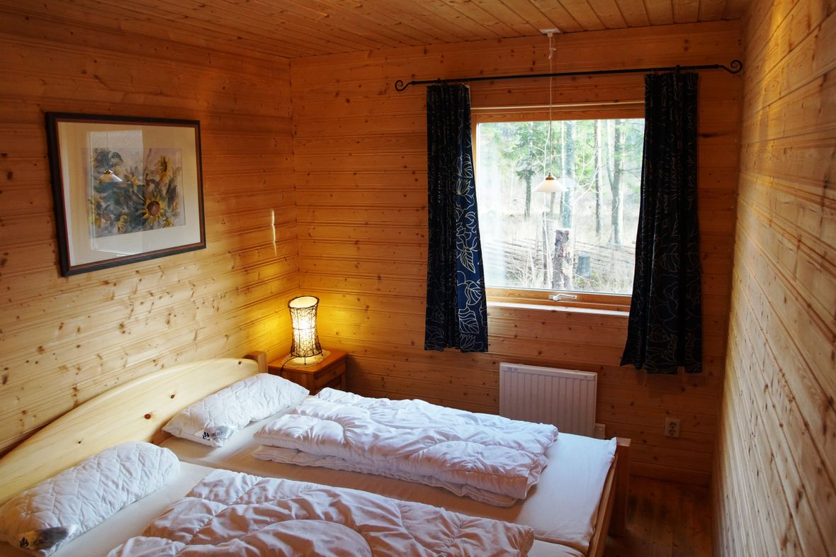 0786-07 Haus Hubi Schlafzimmer 1