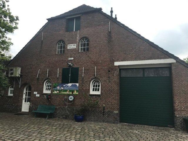 0805-04 Samaria Haupthaus