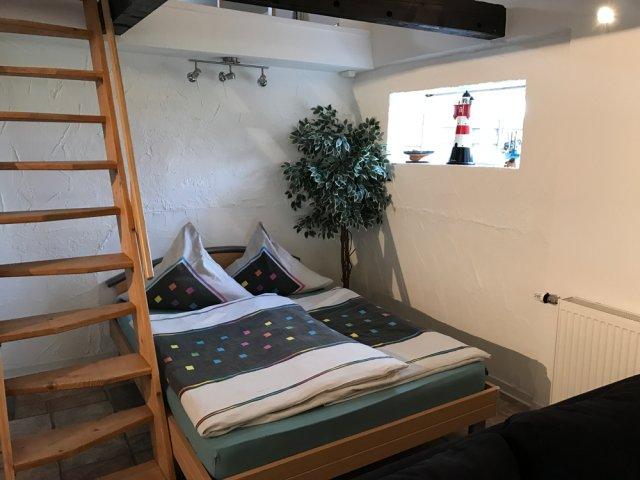 0805-17 Samaria Altes Backhaus Schlafen