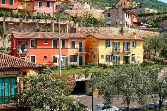 0810-01 Casa Fertonani aussen