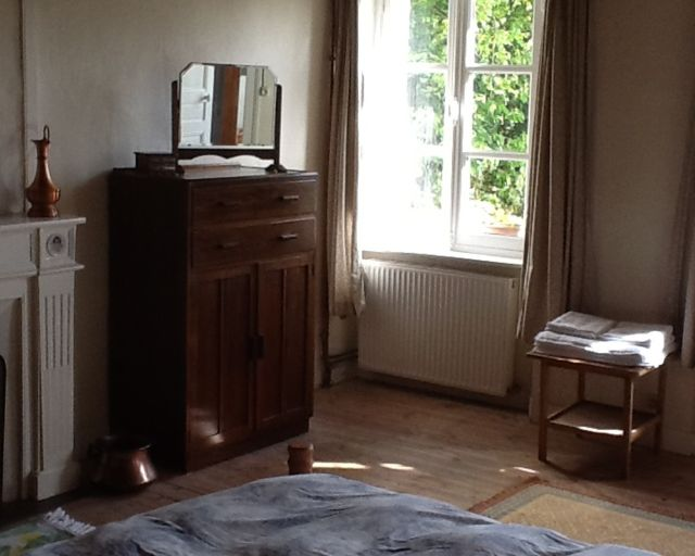 0821-10 Le Bourg Schlafzimmer 1