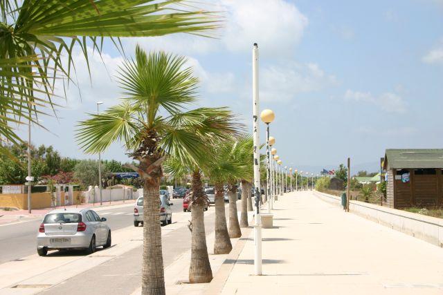 0825-12 Feha Nati Riumar Strandpromenade
