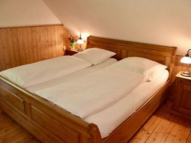 0831-08 Herrihof Chalet Schlafzimmer 2
