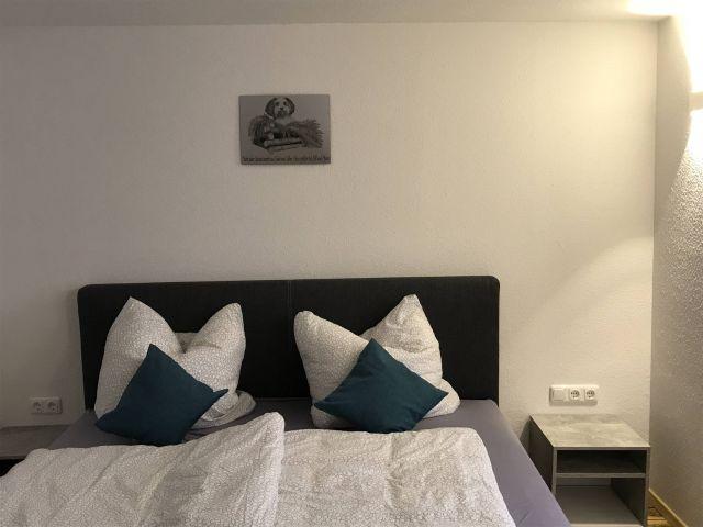 0833-10 Hexenpfote Schlafzimmer 3