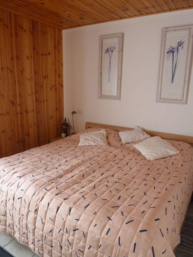 0834-10 Ferienhaus Kiss Schlafzimmer 1-1