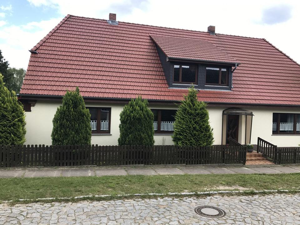 0837-01 FeHa Roggentin Haus