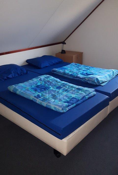0850-10 Waterlelie Schlafzimmer 2