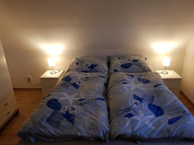 0858-13 FeHa Kronprinz Schlafzimmer 02 OG