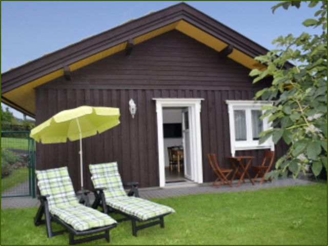 0859-05 Dachsbuesch Haus