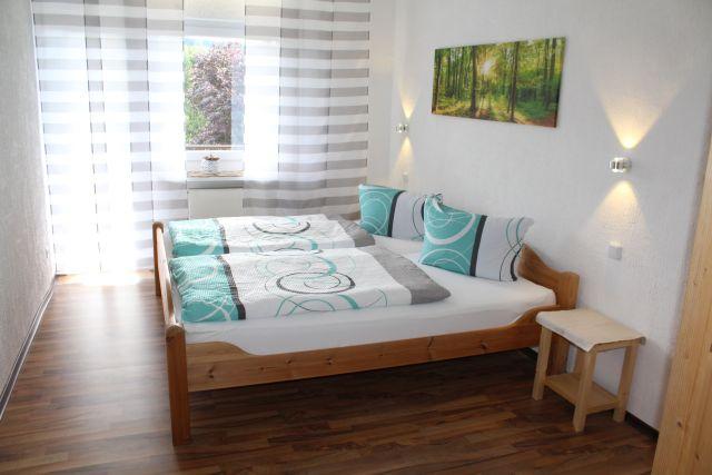 0865-28 Landhaus Schlossberg FeWo 08 Schlafzimmer