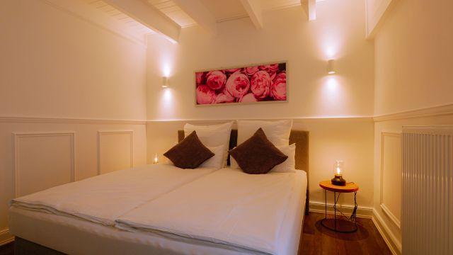 0864-08 Rosenhof Lodge Schlafzimmer 3-3