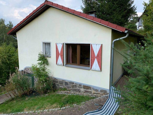 0867-02 Kleines Jagdhaus Seitenansicht
