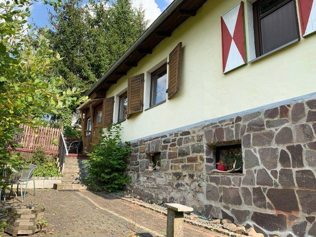 0867-03 Kleines Jagdhaus Hof