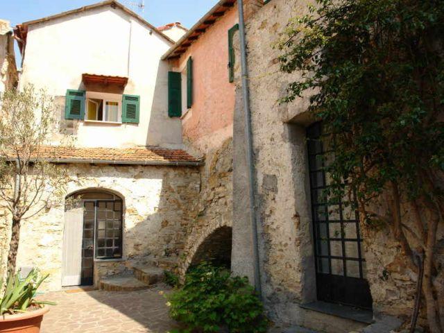 0885-01 Casa Pantallo aussen