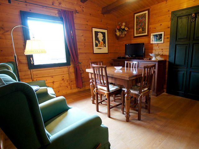 0887-07 Casa Canelli Wohnzimmer