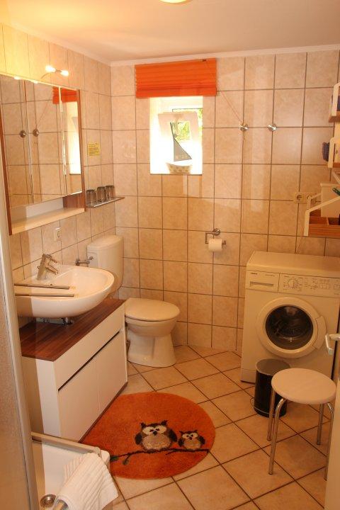 0891-15 FeHa-Alter-Deich-Einheit-2-Badezimmer