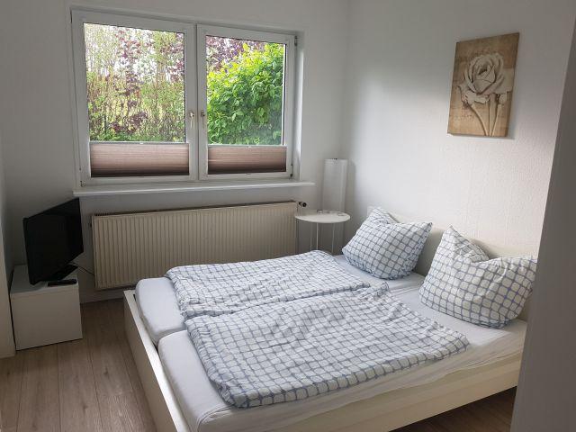 0890-10 FeHa Fuchsberg Kleines Schlafzimmer