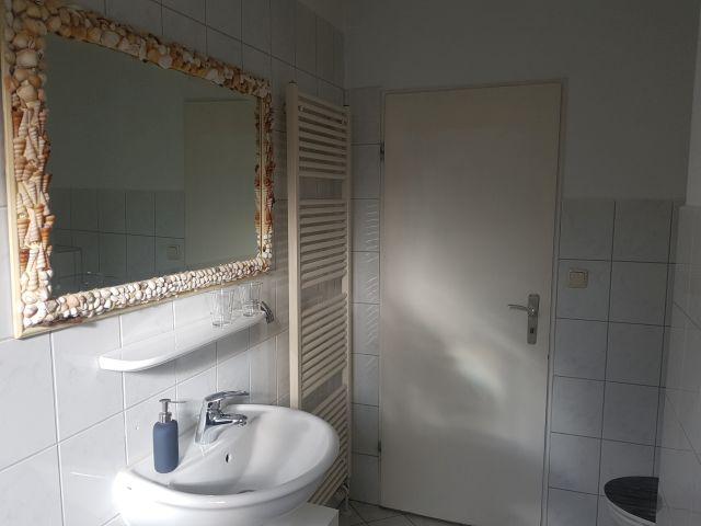 0890-12 FeHa Fuchsberg Gaeste WC