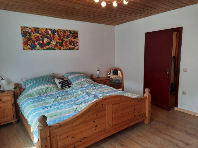 0900-11 FeHa im Rosbachtal Schlafzimmer 1-2