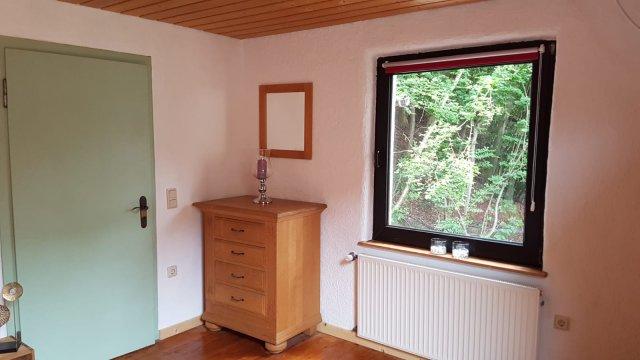0900-15 FeHa im Rosbachtal Schlafzimmer Bild 3