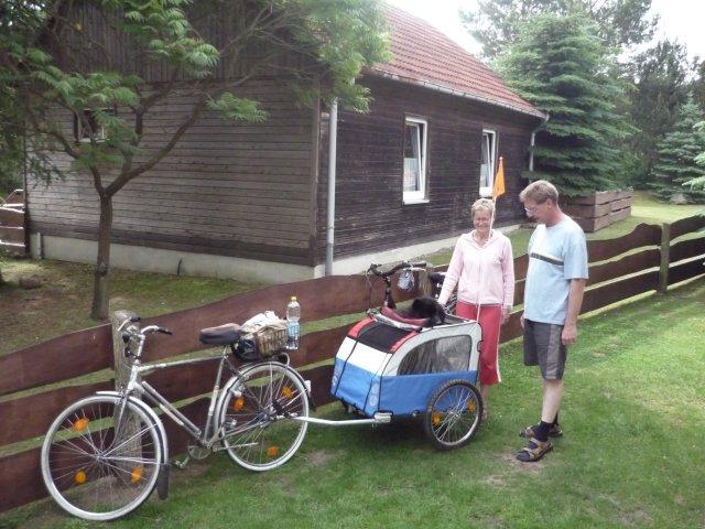 0912-07 Strochennest Fahrrad mit Haenger